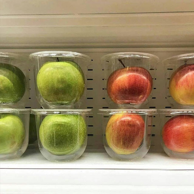 apples in plastic containers